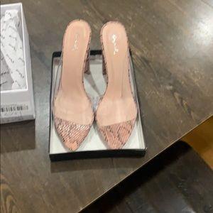 Pink snakeskin shoes